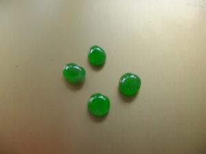 ろうかん翡翠ルース4点 人気の高い明るいグリーンカラー