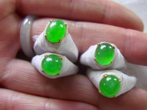 アップルグリーン翡翠ルース
