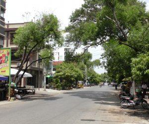ミャンマーの十字路
